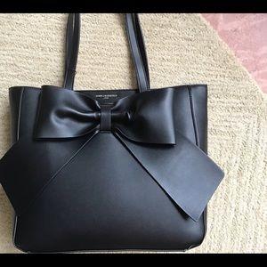 Beautiful bag for a beautiful price.